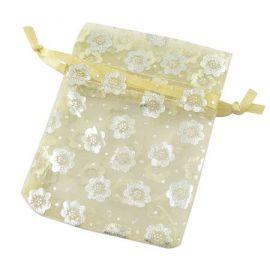 Dekoratyvinis organzos audinio maišelis, auksos spalvos, su gėlytėmis. Dydis 90x70 mm, 1 vnt.