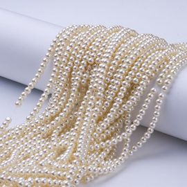 Glass pearls 4 mm., 1 strand
