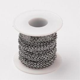 Nerūdijančio plieno 304 grandinėlė. Tamsios sidabro spalvos, kaina - 0,9 Eur už 50 cm.