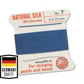 GRIFFIN šilkinis siūlas su adata Nr.7. Melsvos spalvos, kaina - 1,5 Eur už 2 m.