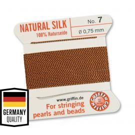 GRIFFIN šilkinis siūlas su adata . Vario spalvos, kaina - 1,5 Eur už 2 m.