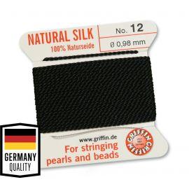 GRIFFIN šilkinis siūlas su adata Nr.12. Juodos spalvos, kaina - 1,5 Eur už 2 m.