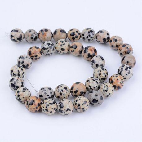 Natūralūs Dalmatininio jaspio karoliukai . Pilkos-gelsvos spalvos su juodos spalvos taškiukais, apvalios formos, kaina - 5,51 Eu