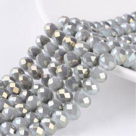 Stikliniai karoliukai . Pilkos spalvos su blizgesiu, rondelės formos, kaina - 2,8 Eur už 1 gija