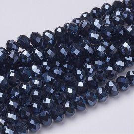 Stikliniai karoliukai . Juodos spalvos su mėlynos spalvos blizgesiu, rondelės formos, kaina - 2,2 Eur už 1 gija