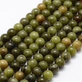 Akmenėliai naudojami dekoruoti, gaminiti papuošlus, randarbius, elementus aksesuarams, 6 mm dydžio, 1 gija. Kaina 4,5 Eur.