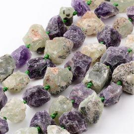 Natūralūs Ametisto ir Prehnito grynuoliai. Žalsvos-violetinės spalvos dydis 16-32x10-28 mm