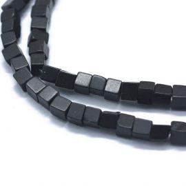 Natūralūs Juodojo akmens karoliukai 3-4,5x3-4,5x3-4,5 mm 1 gija