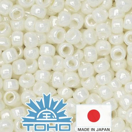TOHO® Biseris Opaque-Lustered Navajo White TR-11-122 11/0 (2,2 mm) 10 g.