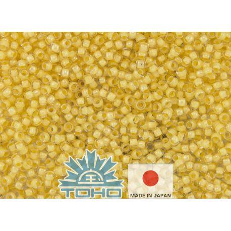 TOHO® Biseris Inside-Color Crystal/Butter-Lined 11/0 (2,2 mm) 10 g., 1 maišelis rakndarbiams viduriukas dažytas geltona spalva