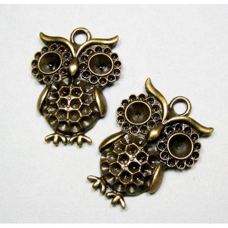 Owl pendant, aged bronze, 42x31