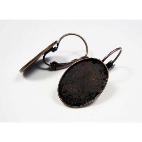 Kabliukai skirti auskarų gamybai, žalvariniai, sendintos vario spalvos, galima įklijuoti kabošoną 17x12 mm, kabliukų dydis 18x11