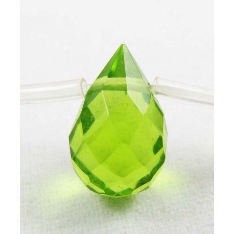 Peridoto karoliukai žalios spalvos, lašo formos, briaunuotas, horizontalaus vėrimo, 12x8 mm dydžio