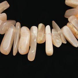 Natūralių saulės akmens karoliukų gija