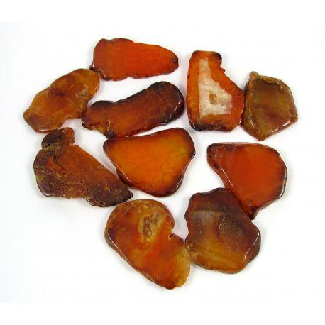 Agato karoliukai-pakabukai, oranžinės spalvos, netaisyklingos formos, horizontalaus vėrimo, skylutė viršuje, dydis 66x28 mm