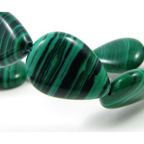 Sintetinio malachito karoliukai žalios spalvos lašo formos, 17x12 mm