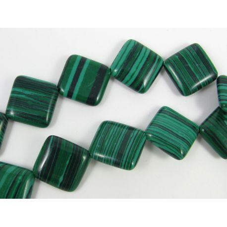 Sintetinio malachito karoliukai žalios spalvos su juodos spalvos juostelėmis, rombo formos, 18 mm