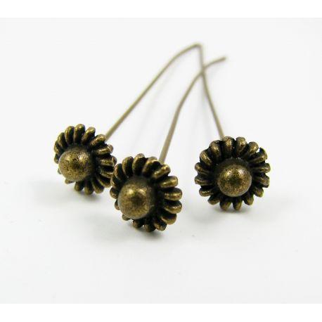 Dekoratyviniai smeigtukai skirti papuošalų gamybai, sendintos bronzinės spalvos, vinuko ilgis apie 57 mm, storis apie 0.8 mm