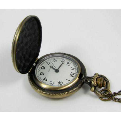 """Mechaninis kišeninis laikrodukas """"Rožė"""" su elementu, sendintos bronzinės spalvos su grandinėle, apie 49x37 mm dydžio"""