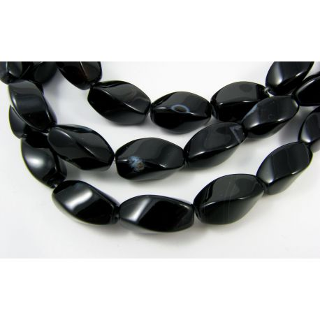 Agato karoliukai, juodos - baltos spalvos,margi, pailgos formos, 4 briaunų, dydis 16x8 mm
