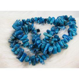 Koralo skaldos gija, ryškiai mėlynos spalvos, dydis 8-17x2-5mm ilgis apie 41 cm