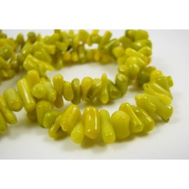 Coral chips strand 42 cm