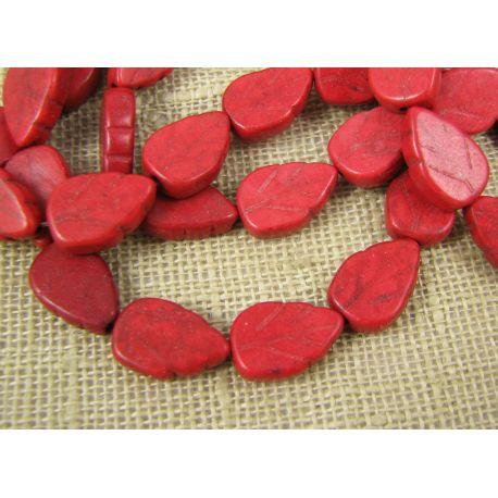 Sintetinio turkio karoliukai, raudonos spalvos, lapo formos, dydis 14x9 mm