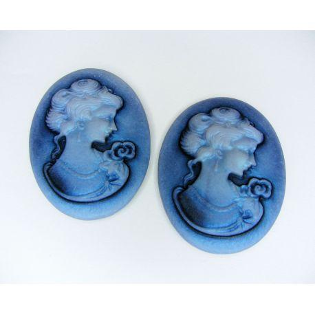 """Kamėja """"Damos portretas"""" rankdarbiams, papuošalams, mėlynos spalvos ovalo formos 40x30 mm 1 vnt"""