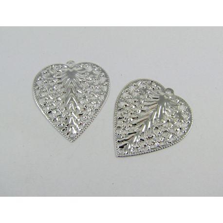 Ažūrinė plokštelė - lapas skirta papuošalų gamybai, sidabro spalvos, 27x24 mm