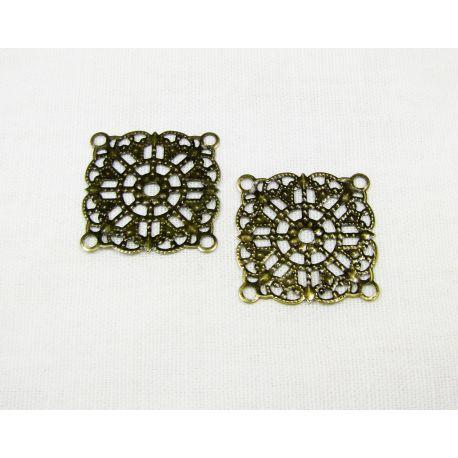 Ažūrinė plokštelė skirta papuošalų gamybai, sendintos bronzinės spalvos, 23x23 mm