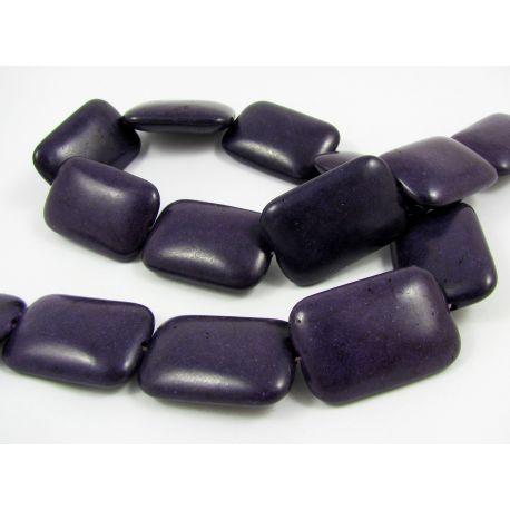Sintetinio turkio karoliukų gija, tamsiai violetinės spalvos, stačiamapio formos, dydis 30x20 mm