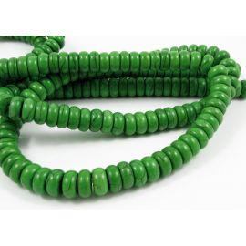 Sintetinio turkio karoliukų gija, ryškiai žalios spalvos, rondrlės formos, dydis 10x5 mm