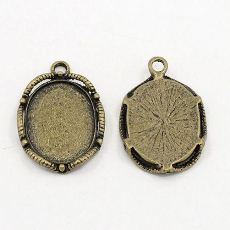 Rėmelis - pakabukas kamėjai sendintos bronzinės spalvos, ovalo formos 26x17 mm