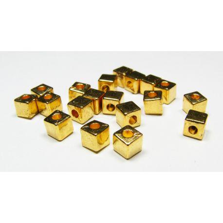 Intarpas aukso spalvos, kubo formos, dydis 4x4 mm, 10 vnt