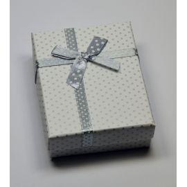 Dovanų dėžutė žiedui, sagei, pakabukui, kartoninė, baltos spalvos su pilkais taškiukais, 90x70 mm, 1 vnt.