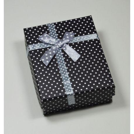 Dovanų dėžutė žiedui, sagei, pakabukui, kartoninė, juodos spalvos su baltais taškiukais, 90x70 mm, 1 vnt.