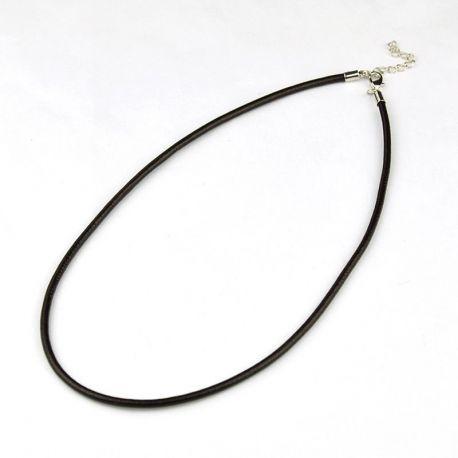 Odinė virvelė su užsegimu, juodos spalvos, storis apie 2 mm, ilgis apie 44 cm
