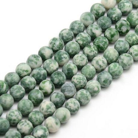 Green spot akmens karoliukų gija,baltos spalvos su žaliais intarpais, apvalios formos 8 mm gijoje 47 vnt.