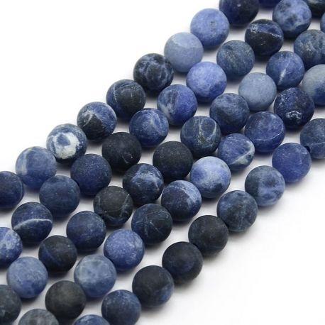 Sodalito akmens karoliukų gija, mėlynos-baltos-juodos spalvų, apvalios formos 6 mm gijoje 63 vnt.