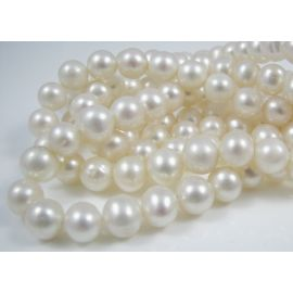 Gėlavandenių perlų gija, A klasės, baltos spalvos, netaisyklingos apvalios formos 7-8 mm