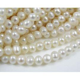 Gėlavandenių perlų gija 4-5 mm