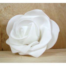 Dekoratyvinė gėlytė rankdarbiams - rožė 6-7mm, baltos spalvos 1 vnt.