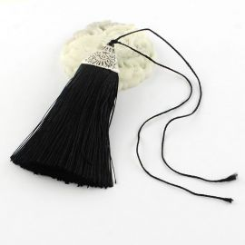 Poliesterio kutas rankdarbiams, juodos spalvos su kepurėle, 80x20 mm, 1 vnt.