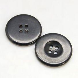 Plastikinė saga, juodos spalvos, 4 skylių, dydis 25 mm, 1 vnt.