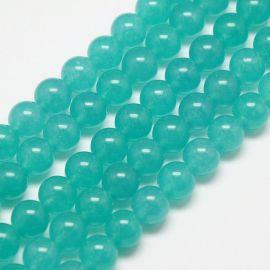 Nefrito akmeninių karoliukų gija, rankdarbiams, papuošalams gaminti. Melsvai žalios spalvos, apvalios formos 8 mm, 1 vnt.