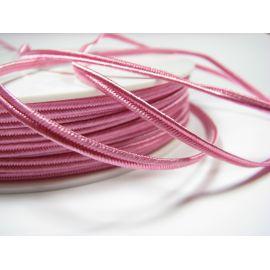 Sutažo juostelė Pega A1406 ryškiai rožinė spalvos 3 mm pločio 100% viskozė Kilmės šalis Čekija