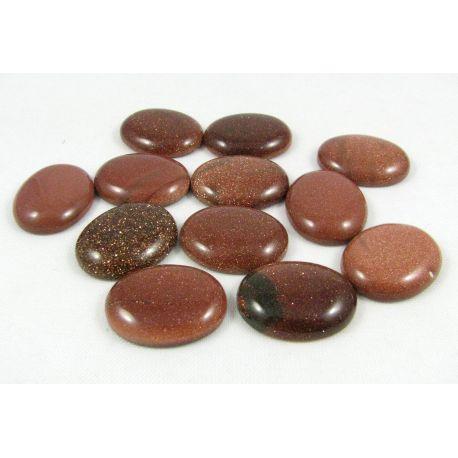 Saulės akmens kabošonas, rudos spalvos, paviršius blizgus, apavalios formos, dydis 22x18x5 mm