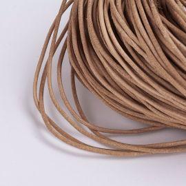 Natūralios odos virvelė, šviesiai rudos spalvos, storis apie 1.50 mm