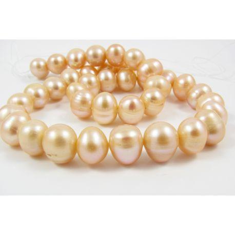 Gėlavandenių perlų gija 35 - 40 vnt šviesiai rožinės persiko spalvos apvalios riešuto formos 10-11 mm