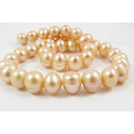 Gėlavandenių perlų gija rožinės spalvos apvalios formos 10 - 11 mm